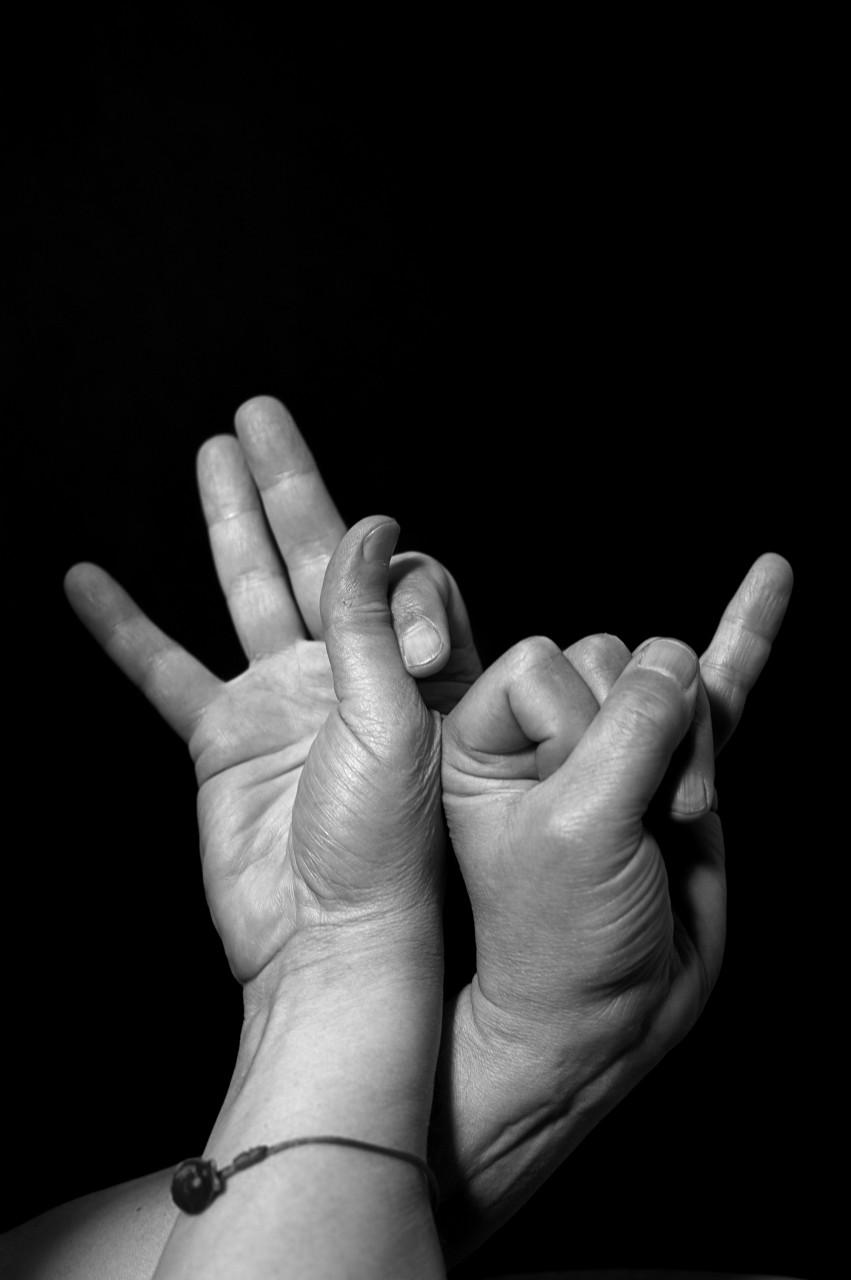 Identité en langue des signes
