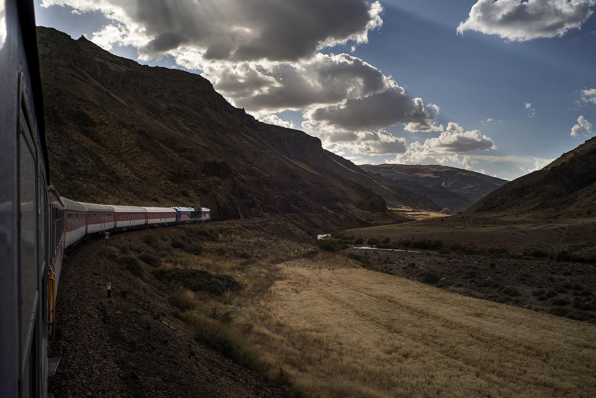 Trajet Nishapur Tabriz en train